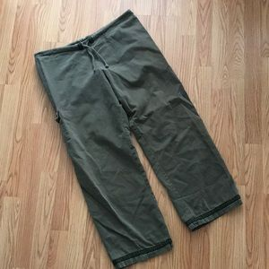 Green relaxed prana pants